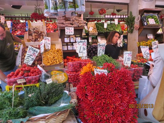 Venice Urban Adventures: Rialto Fish and Vegetable Market