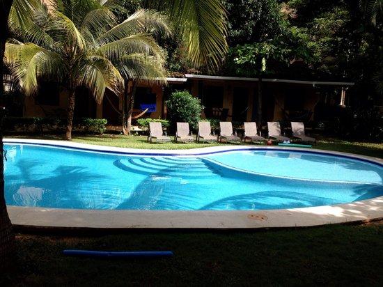 Villas Macondo: Poolside!
