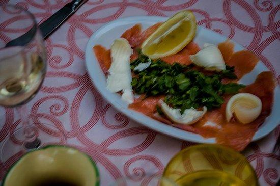 Trattoria La Grotta : Salmon & Mozzarella Salad
