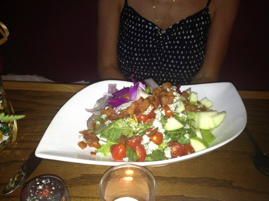 Maya Mexican Grill and Tequila Lounge : Cranberry Apple Cobb Salad (without avocado)