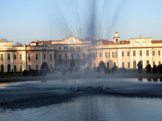 Palazzo e giardini estensi varese foto di palazzo e giardini estensi varese tripadvisor - I giardini di palazzo rucellai a firenze ...
