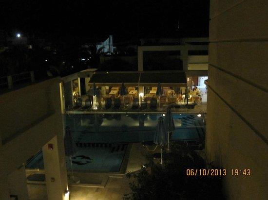 Hotel Anais Holiday: Utsikt fra inngangspartiet til leiligheten