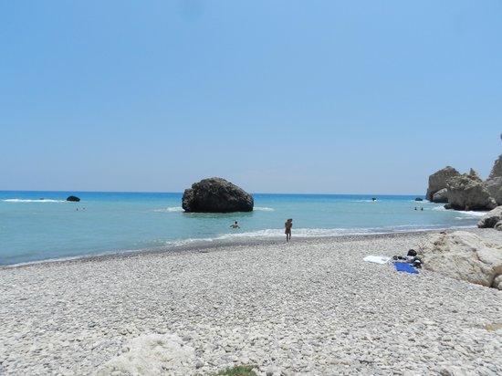Aphrodite's Rock: Пляж