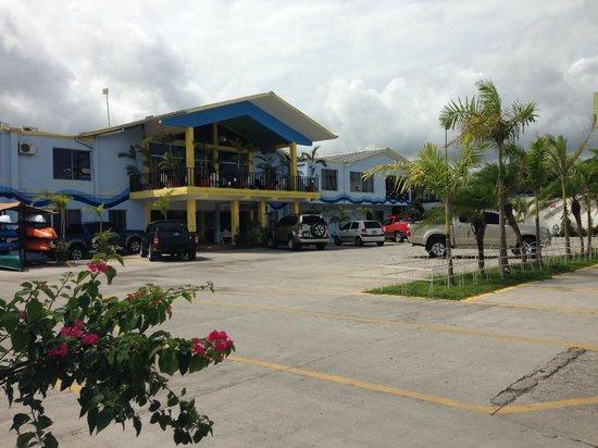 Hotel Costa Azul County Beach: Fachada de Hotel