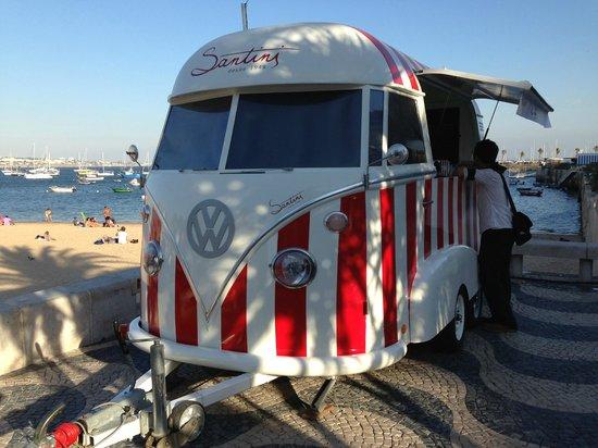 Santini Cascais: Puesto movil de Santini´s : la heladería mas hipster del mundo
