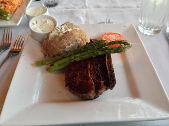 T-Michaels Steak and Lobster: filet mignon on the bone