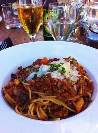 Lake House Restaurant : best spaghetti ive ever eaten!