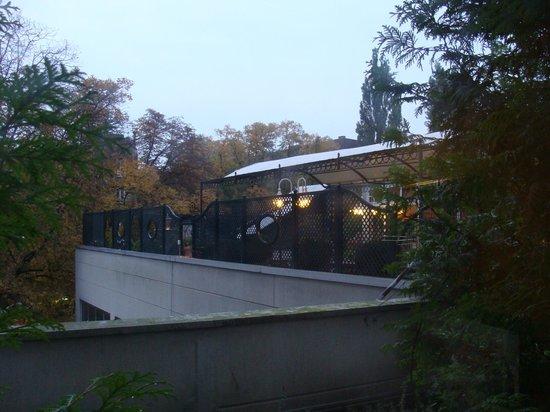 Ludwig Van Beethoven Hotel : Terrasse