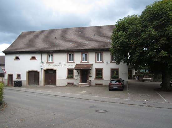 Gasthaus Maien: Exterior