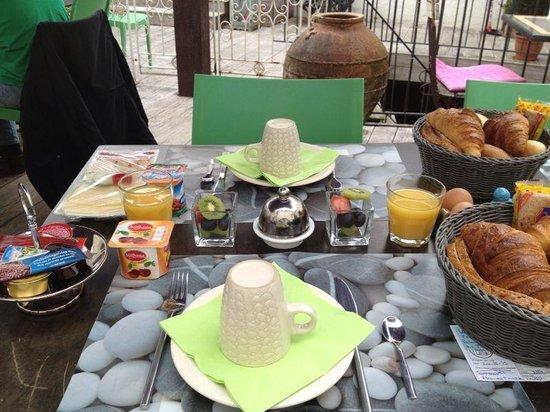 B&B Con Ampere : Desayuno