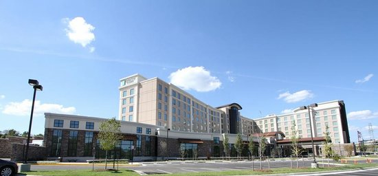 Embassy Suites by Hilton Springfield: Street View
