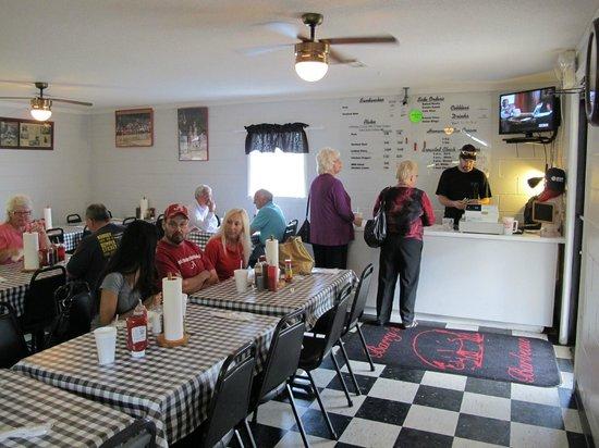 Fyffe, AL: basic and homestyle eatery