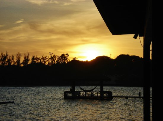 CoCo View Resort: Sunset From Our Cabana