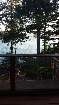 A Snug Harbour Inn : The view from our private deck