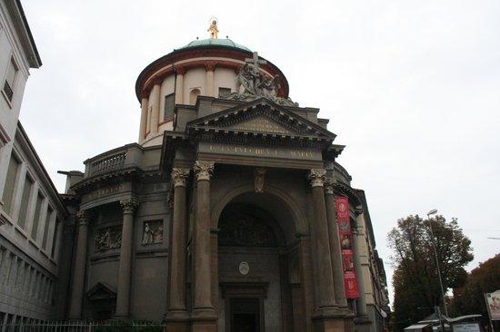 Chiesa Di Santa Maria Immacolata delle Grazie: facciata