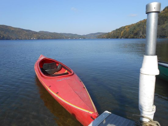 Lake Morey Resort: kayaks and canoes to cruise the lake