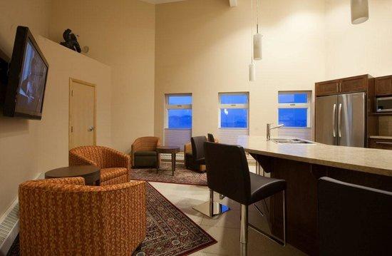 Dorset Suites Lounge