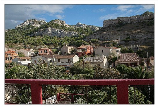 Villa d'Orient : Vue de la terrasse de la chambre mauve