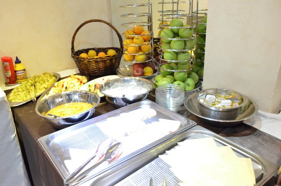 Acropolis Museum Boutique Hotel: buffet breakfast