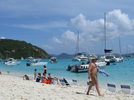 Soggy Dollar Bar: the perfect beach