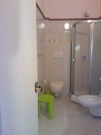 Tropis Hotel : il bagno