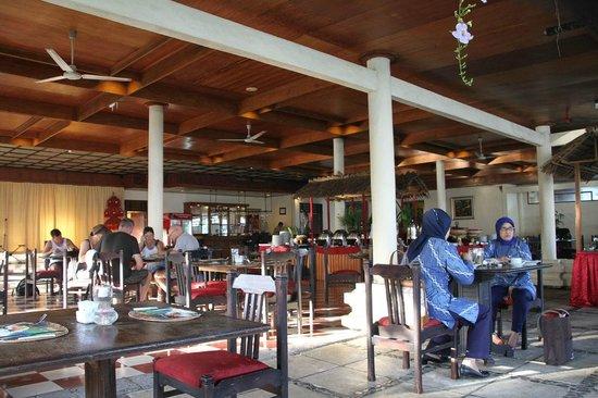 Sunari Beach Resort : Buffet