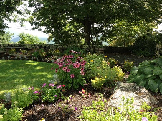 The Blowing Rock: Gardens