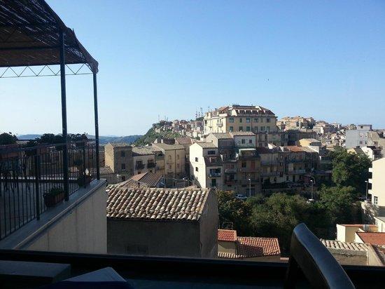 Hotel Sicilia: Blick aus dem Fenster des Frühstücksraums