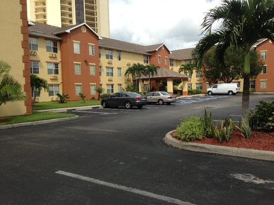 Photo of In-Town Suites - Crestwood Suites Fort Myers