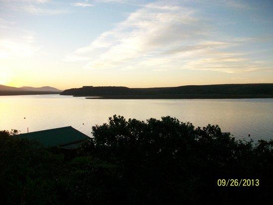 Mudlark River Front Lodge: Sunset at Mudlark