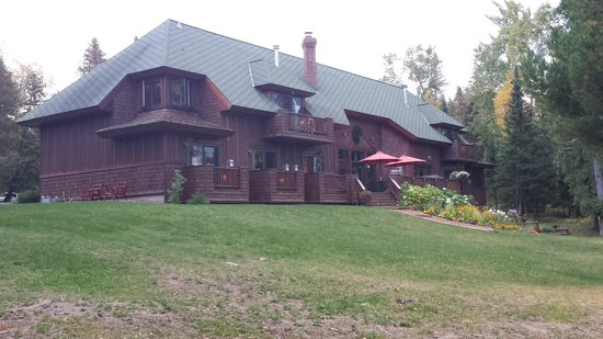 Siskiwit Bay Lodge Bed and Breakfast: B&B from Lakeside