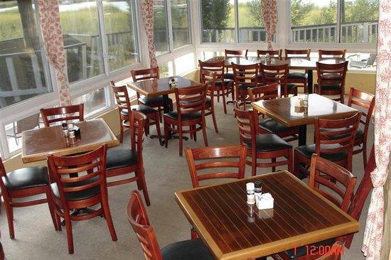 Shem Creek Bar Grill Main Dining Room