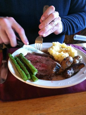 Commodores Inn: Prime rib