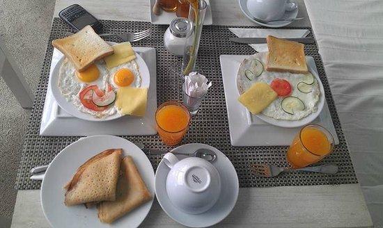 Bliss Hotel Seychelles: Lovely breakfast