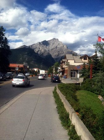 Banff Ave Brewing Co: Downtown Banff - Brewing Co. on right a few blocks down