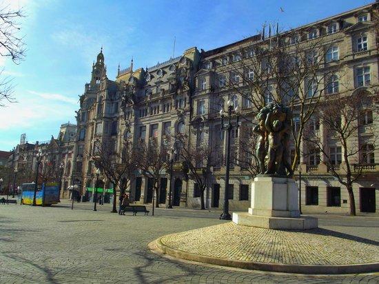 Monumento a Dom Pedro IV : _