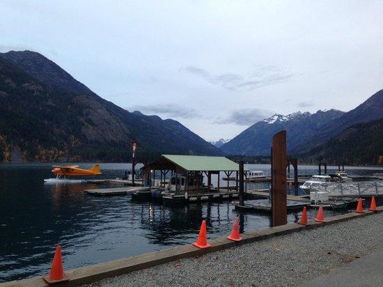 Chelan Seaplanes: The Landing at Stehekin