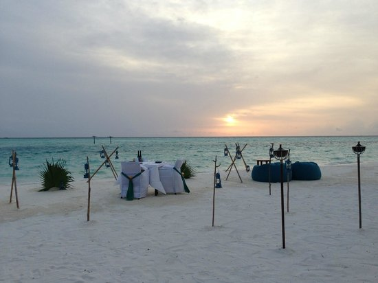 Anantara Dhigu Maldives Resort: romantic dinner setup for us