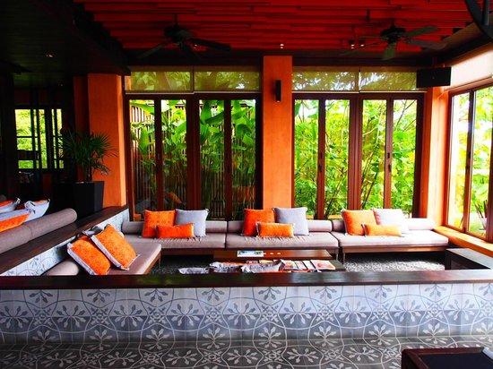 Sri Panwa Phuket Luxury Pool Villa Hotel: Checking in.