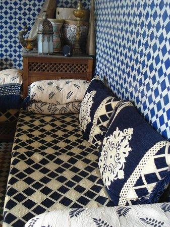Riad Jean Claude: le salon -musée