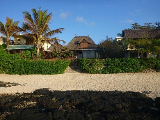Chantauvent Guesthouse - Maison d'Hôtes : Chantauvent Guesthouse - View from the beach