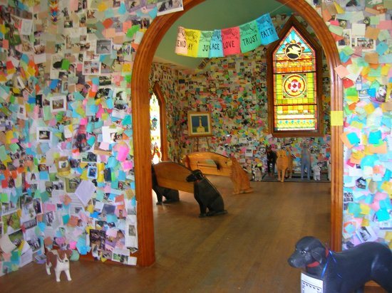 Dog Mountain: Looking into the chapel from the door