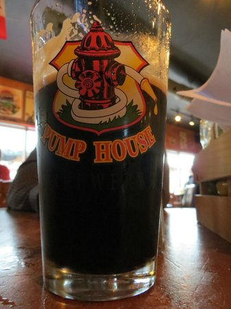 Pump House : Muddy River Stout