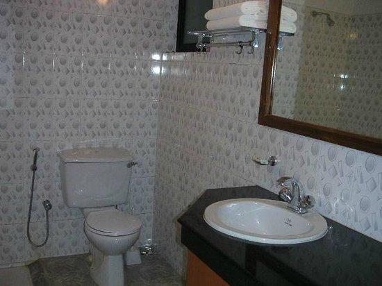 Willows Elite Resort : Bathroom 4