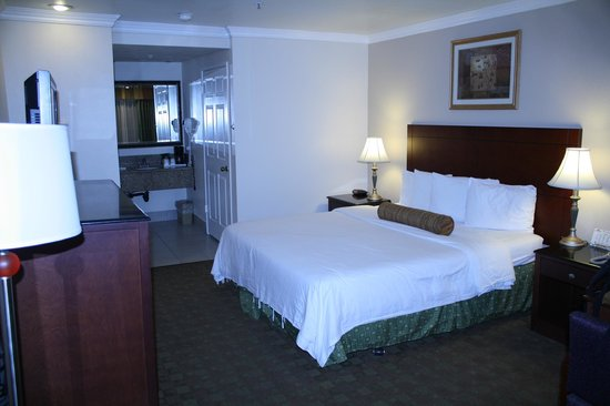 Howard Johnson Pasadena: A good hotel in a safe neighbourhood