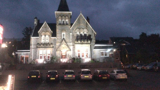 Cruachan Hotel: View in the Evening.