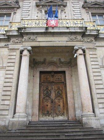 Hôtel de Ville : Portada.