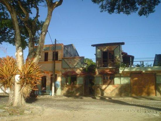 Belmonte, BA: Frente da Pousada Rio