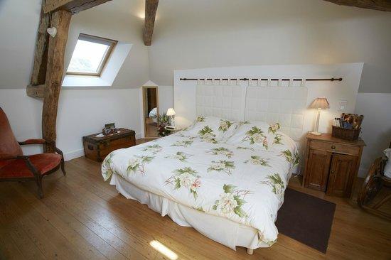 Tillieres-sur-Avre, France: Chambre Cabourg avec TV écran plat