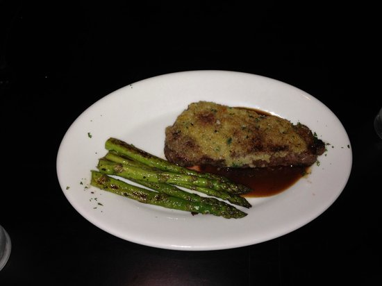 Johnny's Italian Steakhouse- Eau Claire: Steak